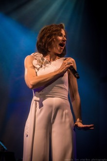 tina arena (1 of 1)